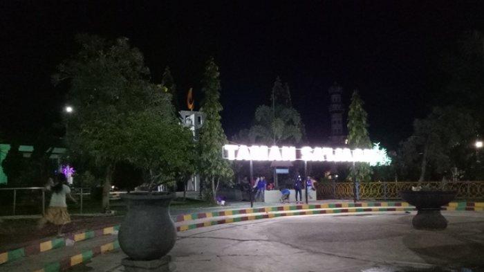 Wah Asyik Di Taman Kota Dipasangi Lampu Hias Tapi Sayang Masih Kurang Ini Banjarmasin Post