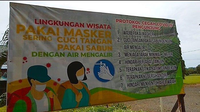 Wisata Taman Labirin Desa Sungai Jelai Kabupaten Tanahlaut, Pengunjung Wajib Pakai Masker