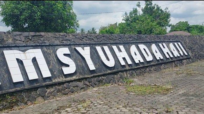Taman Makam Syuhada Haji di Landasan Ulin Banjarbaru.