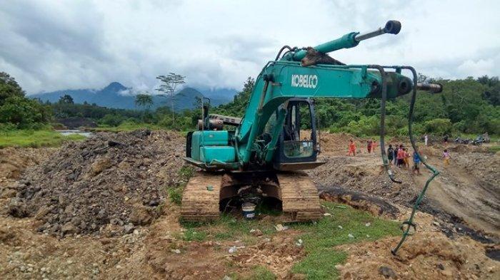 Tambang Batubara di Lumbang