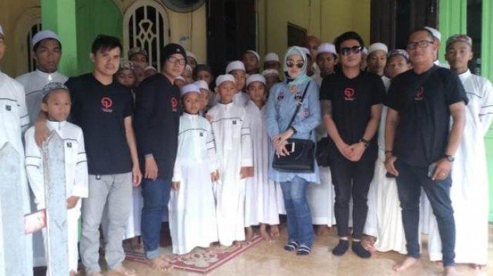 Team 69 Production dan Musisi Datangi Panti Asuhan di Banjarmasin Hingga Martapura