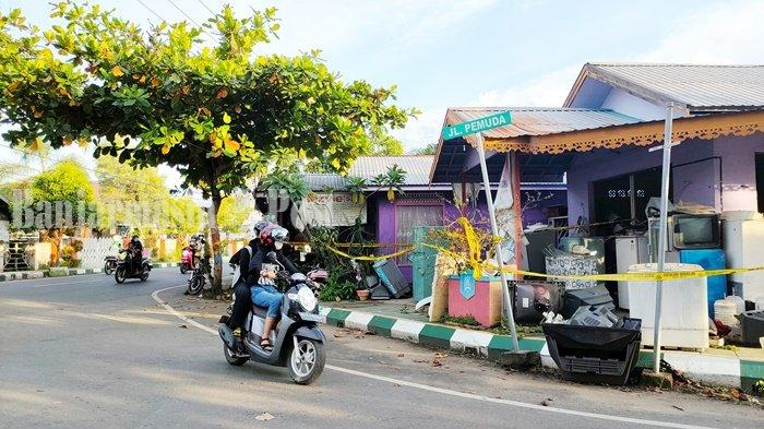 Mayat Membusuk dalam Rumah Kontrakan di Kandangan Kabupaten HSS