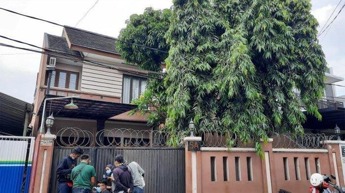 (Suasana rumah Terry Putri di Kawasan Pejaten, Jakarta Selatan, Selasa (4/5/2021).