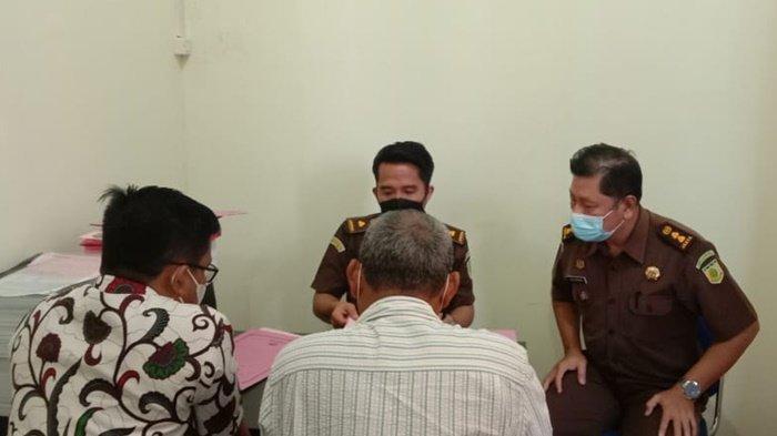 Dugaan Korupsi Dana Hibah KONI Tabalong Dilimpahkan ke Kejaksaan, Dua Tersangka Ditahan