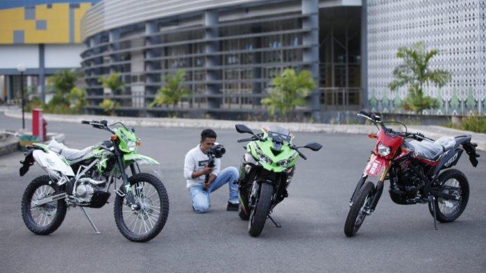 Tiga jenis Kawasaki hadir di Banjarmasin, Kalimantan Selatan.