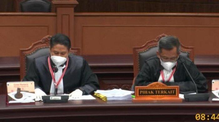 Sidang Gugatan PSU Pilkada Banjarmasin di MK RI, Tim Hukum Ibnu Sina Bantah Tuduhan AnandaMU
