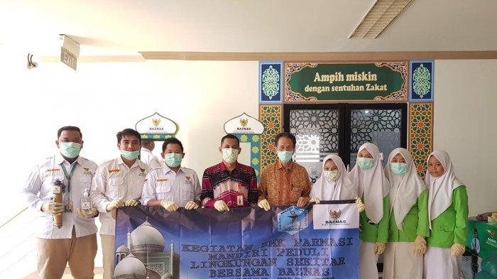 Baznas Kalsel Berbagi Sejadah dan Hand Sanitizer di Beberapa Masjid Cegah Penyebaran Covid-19