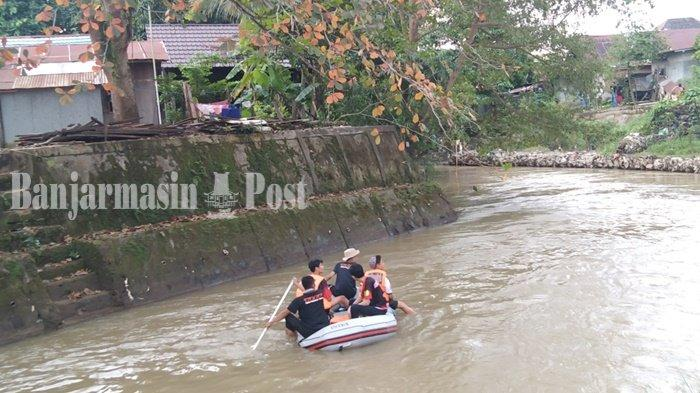Setelah Buka Puasa, Penolong Lanjutkan Cari Kakek Tenggelam di Kabupaten Tapin