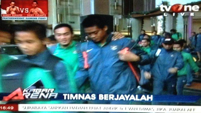 Momen Timnas Indonesia Keluar Hotel Menuju Stadion Rajamangala