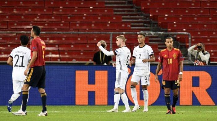 Timo Werner (tengah) melakukan selebrasi usai mencetak gol pada laga UEFA Nations League antara Jerman dan Spanyol di Mercedes-Benz Arena, Stuttgart, Jerman, Kamis (3/9/2020) waktu setempat atau Jumat (4/9/2020) dini hari WIB.