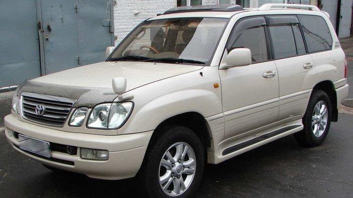 Meski Tergolong Tua, Desain Toyota Land Cruiser Cygnus 2003-2005 Masih Menarik, ini Harga Bekasnya
