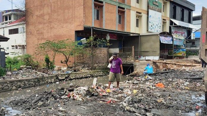 Satgas Normalisasi Sungai Bongkar TPS Pasar Kuripan Banjarmasin, DLH Banjarmasin Siapkan Alternatif