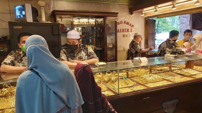 Harga Emas Terjun Bebas Hingga Rp 20 ribu Per Gram, Pembelian Emas di Banjarmasin Tak Meningkat