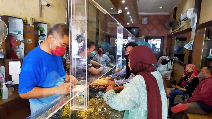 Harga Perhiasan Emas Kembali Turun, Pembeli Mulai Tunjukan Peningkatan