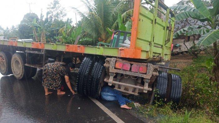 Kecelakaan Kalsel, Tabrakan dengan Tronton di Jalan Nasional HST, Pengendara CBR Tewas Mengenaskan