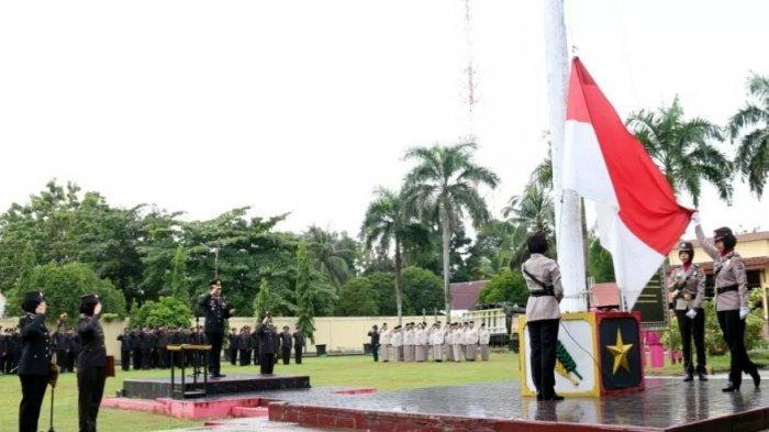 Hari Ibu 2018 - Polwan Jadi Petugas Upacara di Polres Banjarbaru, Begini Pesan Kapolres