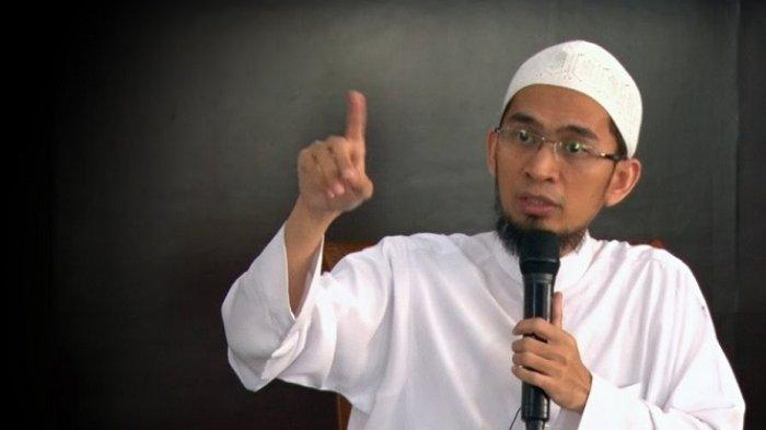 AMALAN Sholat Tahajud, Ustadz Adi Hidayat Sebut 3 Jenis Surah Ini yang Dibaca Rasulullah SAW