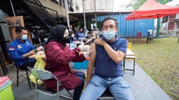 Vaksinasi kepada Pegawai