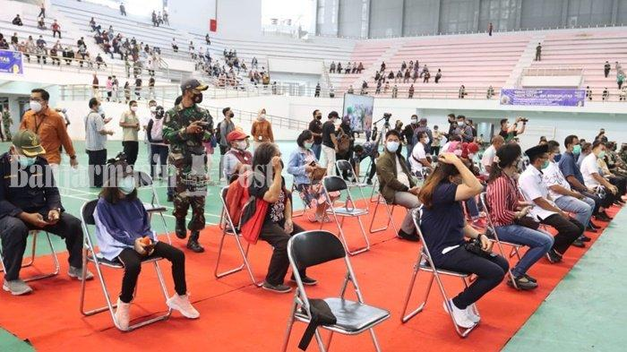 Ribuan Warga Ikuti Vaksinasi Massal di Gedung Olahraga Indoor Palangkaraya