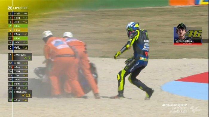 Valentino Rossi crash di Gelaran MotoGP Emilia Romagna 2020