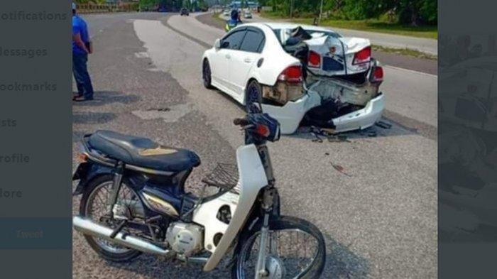 VIRAL Belakang Honda Civic Remuk Usai Ditabrak Motor Lawas Honda Astrea Prima, 1 Tewas & 1 Masuk RS
