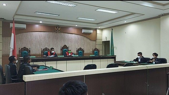 Korupsi Kalsel : Terpapar Covid-19, Mantan Direktur RS Boejasin Batal Dengarkan Vonis