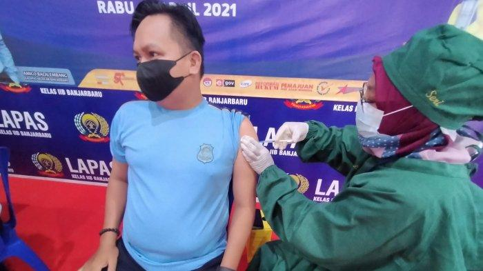Puluhan Petugas Lapas Banjarbaru Baru Divaksin, Kalapas Berharap Warga Binaan Menyusul