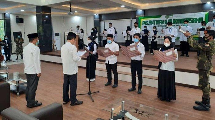 Wakil Bupati Balangan Lantik Pengurus KMB Banjarmasin, Harapkan Jadi Penerus Pembangunan