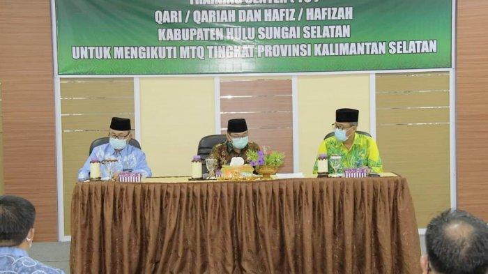 Mendekati MTQ Tingkat Provinsi, Wabup HSS Persilakan Kafilah Latihan di Rumahnya