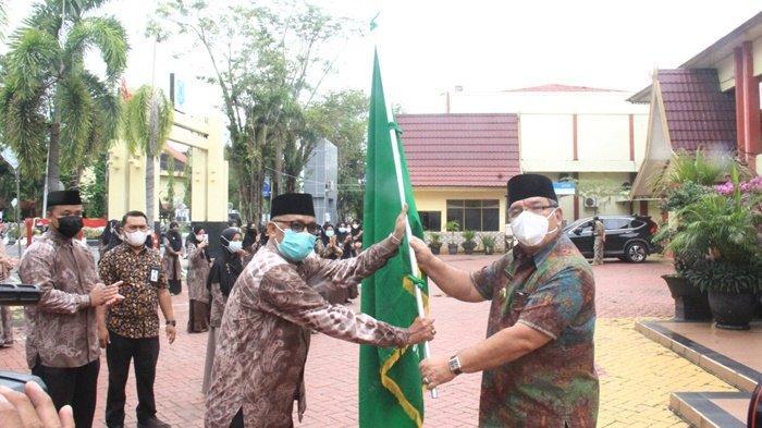 Wakil Bupati HSU H Husairi Abdi Lepas Kafilah ke MTQN ke-33 Provinsi Kalsel