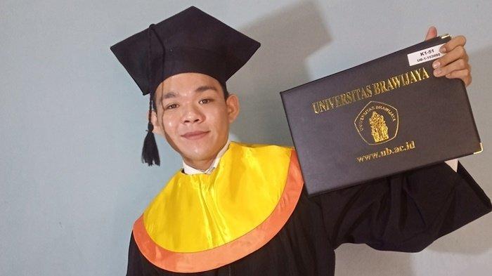 Nanang Banjarmasin 2021 Ini Raih Gelar Sarjana di Universitas Brawijaya, Wisuda Secara Online