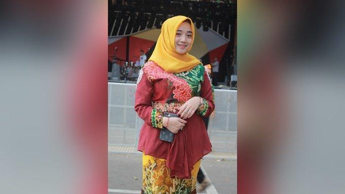 Libur Covid-19, Wakil II Galuh Kota Banjarmasin 2017 ini Jualan Online