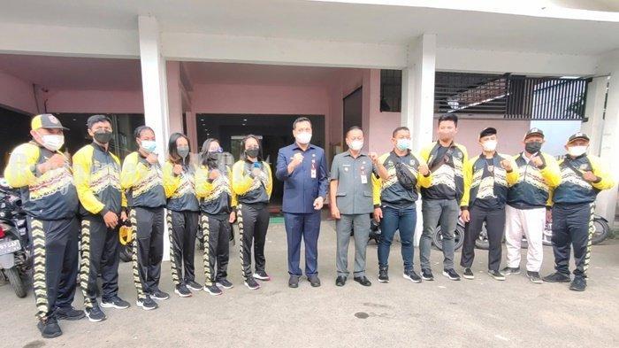 Wali Kota Banjarbaru dan Wakilnya Lepas Rombongan Atlet Menuju PON XX Papua