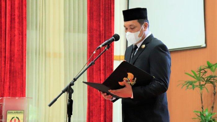 Wali Kota Banjarbaru H M Aditya Mufti Ariffin secara langsung melantik dewan pengawas RSUD Idaman Kota Banjarbaru
