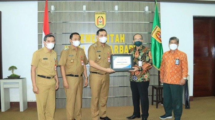 Pemko Banjarbaru Raih Penghargaan Pengelolaan Pajak Terbaik 2021