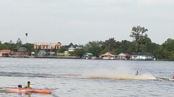 Warga Kotim Demam Perahu Ces, Sungai Mentaya Jadi Tempat Latihan