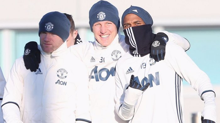 Mourinho Bakal Mainkan Schweinsteiger Hadapi Reading, Setelah Berbulan-bulan di Kursi Cadangan