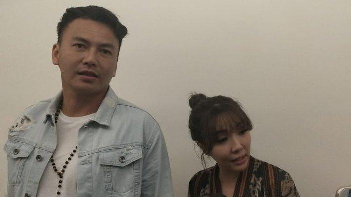 Wijin dan Gisel saat ditemui usai melakukan perawatan kulit wajah di sebuah klinik kecantikan di Plaza Indonesia, Senin (18/3/2019).