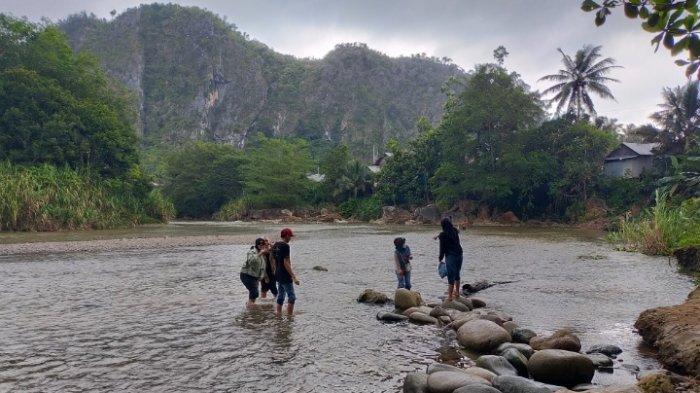 Wisata Kalsel, Pantai Nateh Meratus HST, Miliki Sungai Jernih Dikelilingi Gunung Kapur