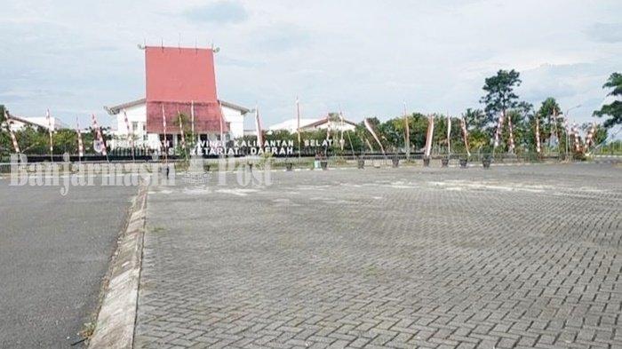 Wisata Kalsel, Berekspresi di Area Terbuka Perkantoran Pemprov di Banjarbaru