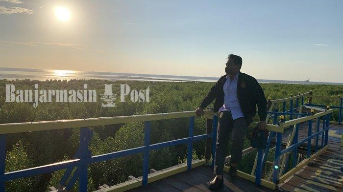 Wisata Kalsel, Menara Pandang Mangrove Pagatan Besar Kabupaten Tala Spot Favorit