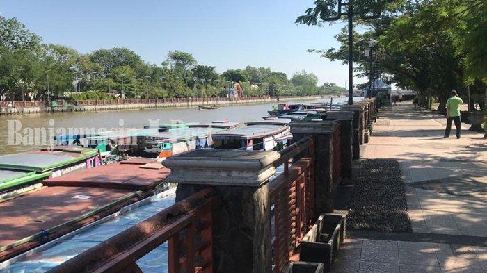 Wisata Kalsel, Siring Menara Pandang Banjarmasin Ditutup, Kelotok-kelotok Nganggur