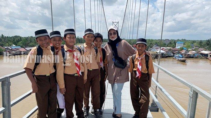 Wisata Kalsel, Jembatan Antasan Bromo Banjarmasin yang Disukai Anak Sekolah