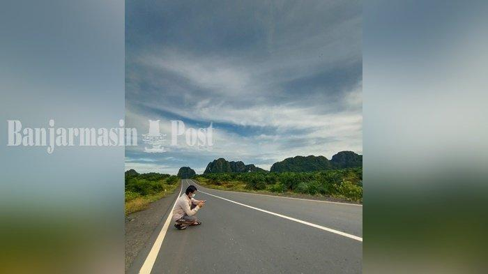 Wisata Kalsel, Indahnya Barisan Bukit Kapur di Km 48 Mantewe Kabupaten Tanbu
