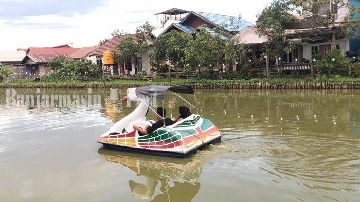Wisata Kalsel,Wahana Bebek di Cangkir Coffee Banjarmasi Diminati Muda Mudi