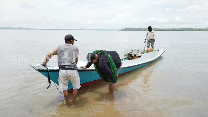 Wisata Kalsel, Menuju Pulau Burung Kabupaten Tanbu Gunakan Kapal Angkutan atau Carter