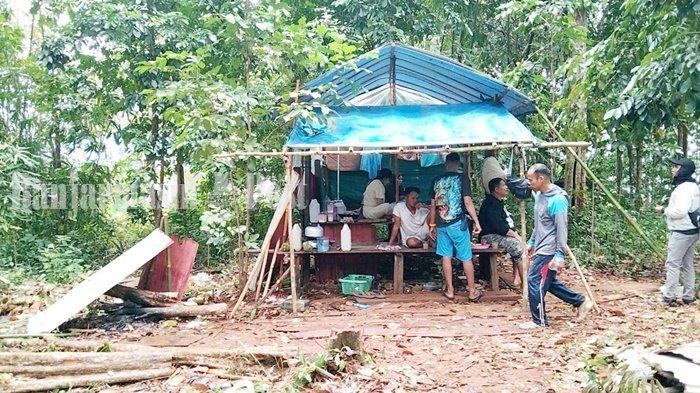Wisata Kalsel, Durian Paling Digemari Pengunjung Pulau Burung Kabupaten Tanbu