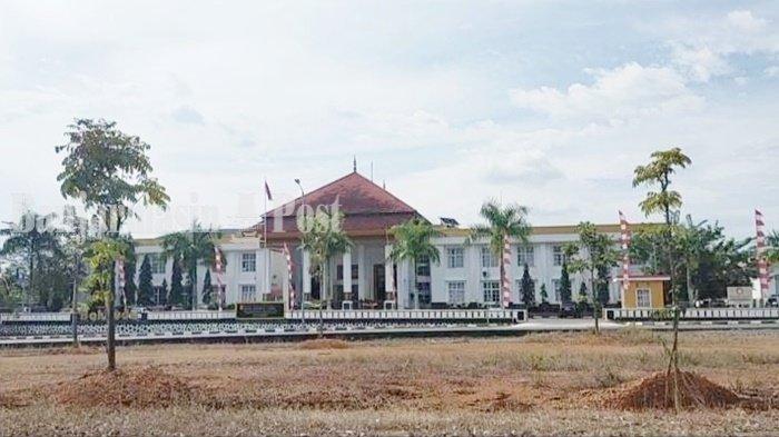 Wisata Kalsel, Mengenal Arsitektur Banjar Melalui Bentuk Gedung Pemprov