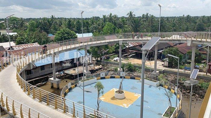 Wisata Kalsel, Taman Tempat Bersantai di Kawasan Jembatan Antasan Bromo Banjarmasin