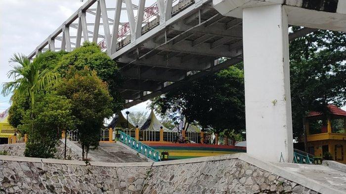 Wisata Kalteng, Kawasan Bawah Jembatan Kahayan Palangkaraya, Bisa Sambil Nikmati Kuliner